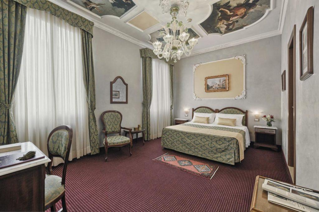 Chambres hotel pausania venezia